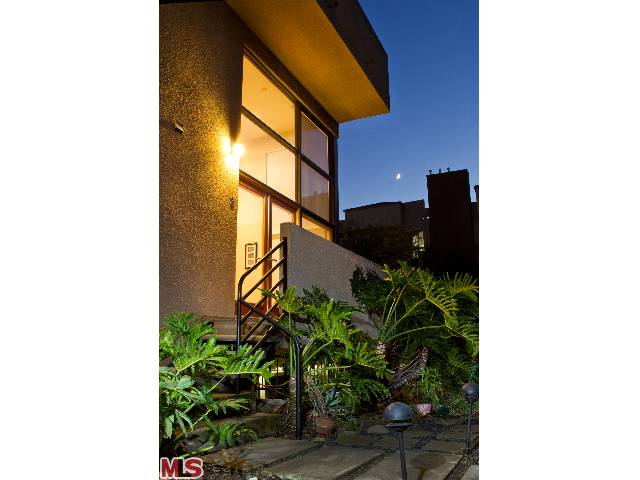 9917 TABOR ST 3 | Los angeles | $599,000